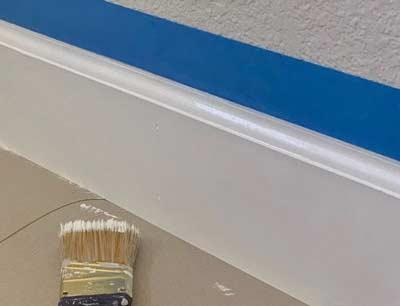 Plinten wit schilderen